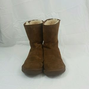 Brown UGG Austrailia Boots